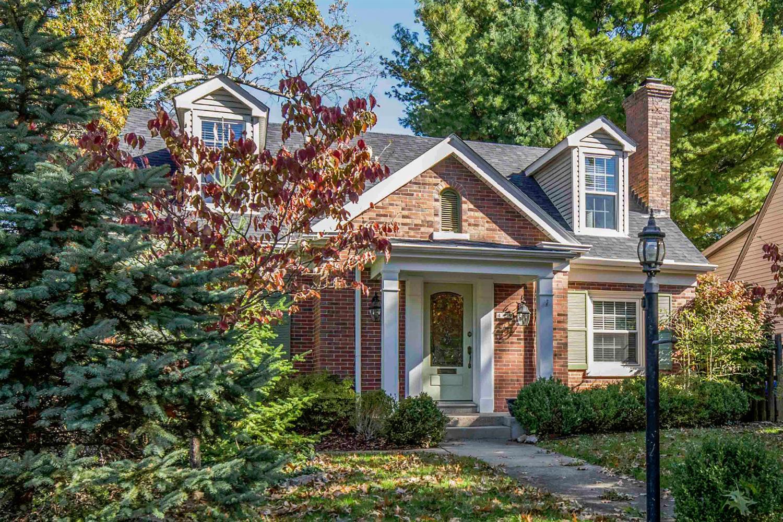499 Hart Rd, Lexington, KY 40502