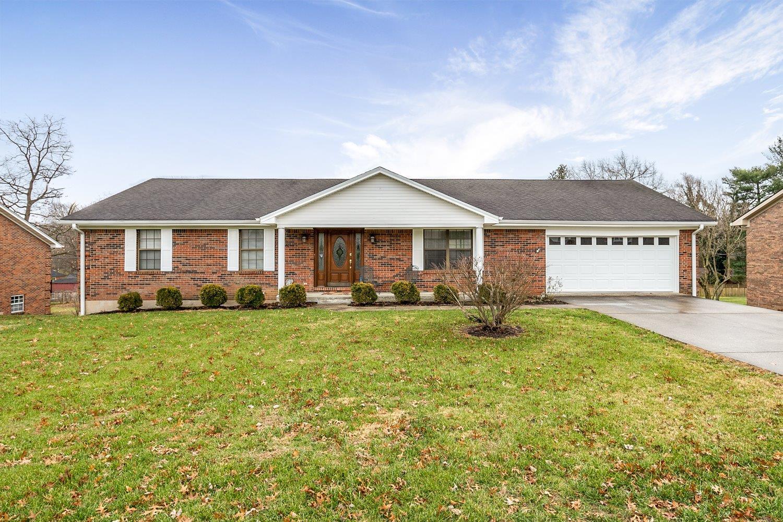 216 Delaplain Rd., Winchester, KY 40391
