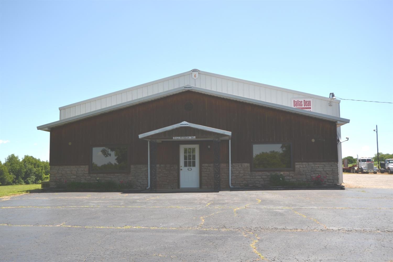 1401 Louisville Rd, Harrodsburg, KY 40330