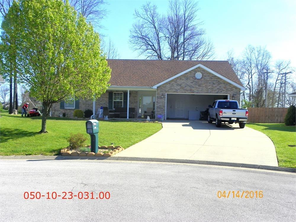 1112 Wood Glen, Frankfort, KY 40601