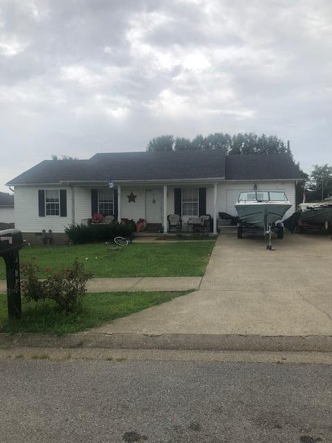 5102 Ridgeview Dr, Lawrenceburg, KY 40342